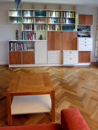 En zo staan beide meubels vlak bij elkaar in de woonkamer